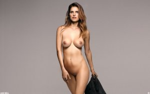 lake_bell_by_smutbroker-d7yp2t3
